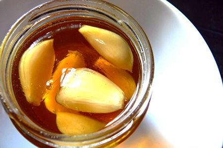 Miel de abejas con ajo