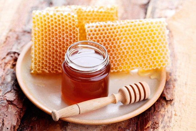 miel-de-abejas-antes-de-dormir/